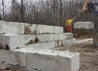 farm_blockwalls_concrete_009
