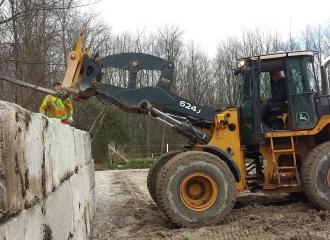 farm_blockwalls_concrete_011