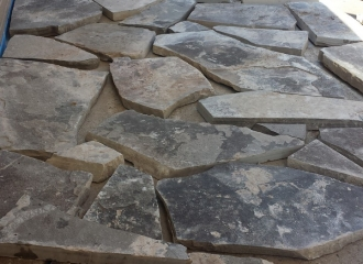 flagstone_front_step_002